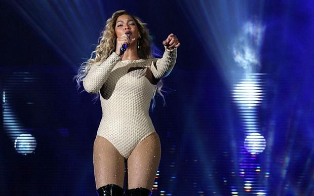 Beyonce_on_stage___3456237b.jpg