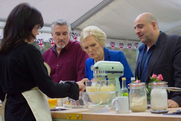 5154290-low-great-sport-relief-bake-off-tatler-13jan14_bbc_1920_600x400.jpg