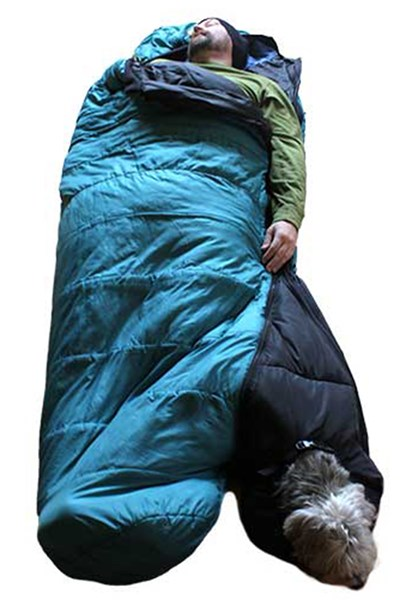 Dog-sleeping-bag-tatler-21oct-pr_b_400x600.jpg